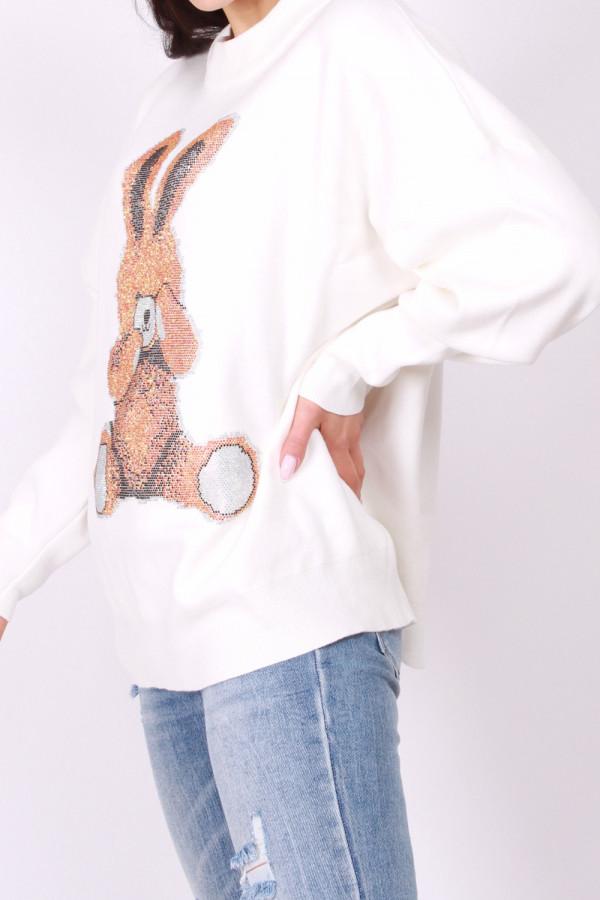 Sweter z królikiem 1