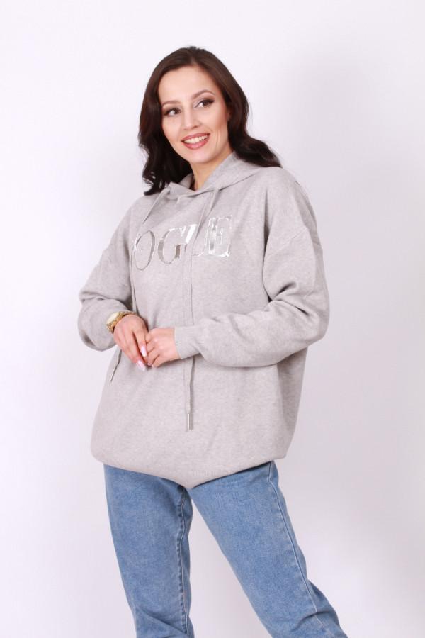 Sweter z kapturem 3