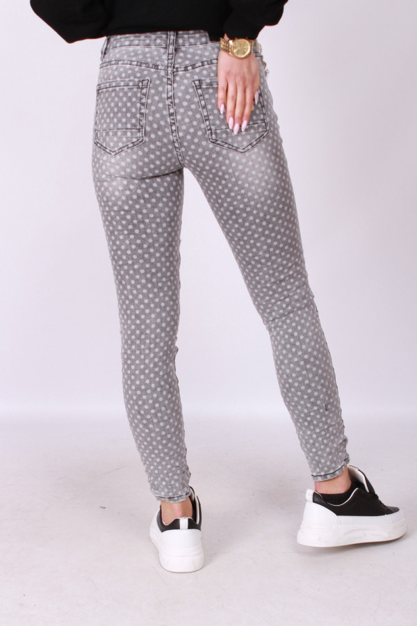 Spodnie w kropki 2