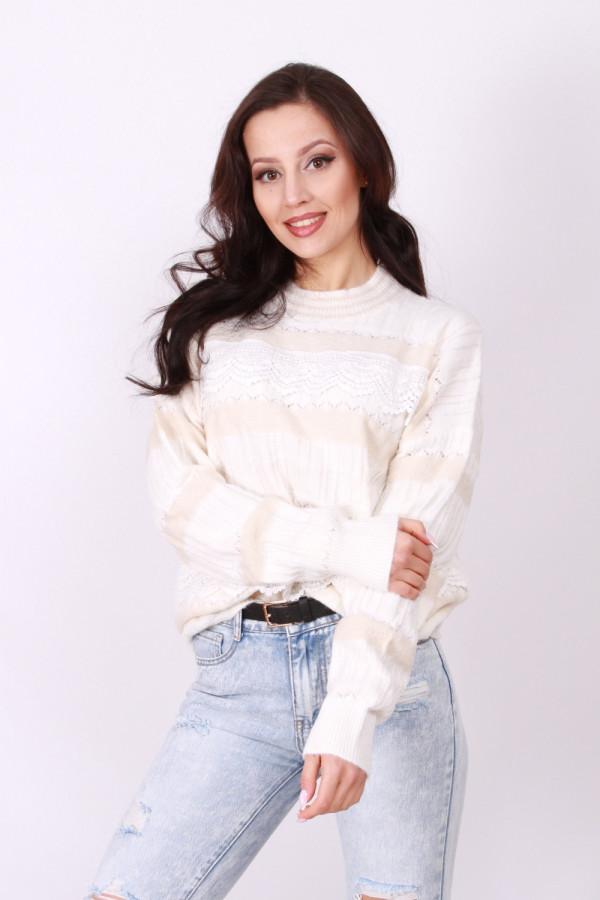 Sweter z koronką 1
