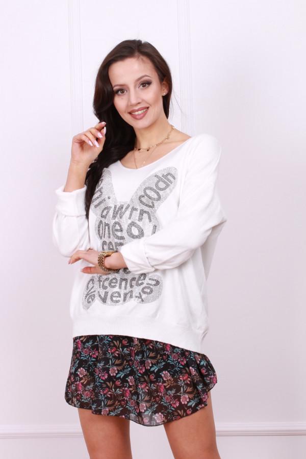 Sweter z błyszczącym królikiem 1