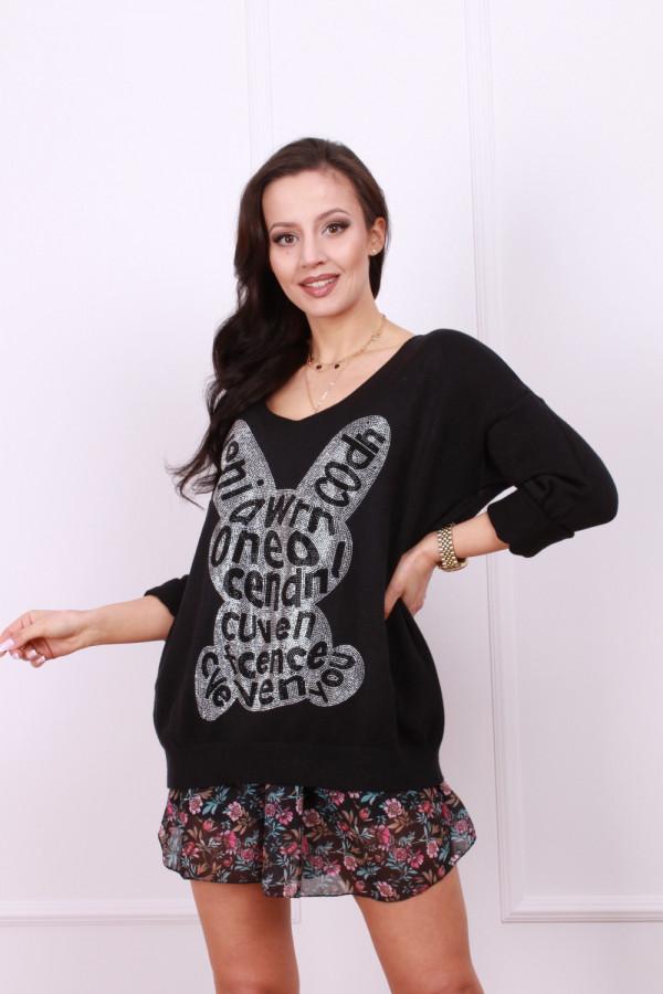 Sweter z błyszczącym królikiem 3