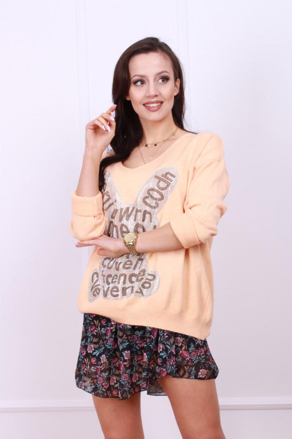 Sweter z błyszczącym królikiem 6