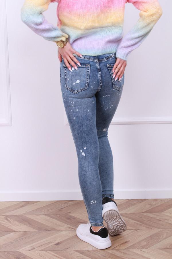 Spodnie z przetarciami jeans 2