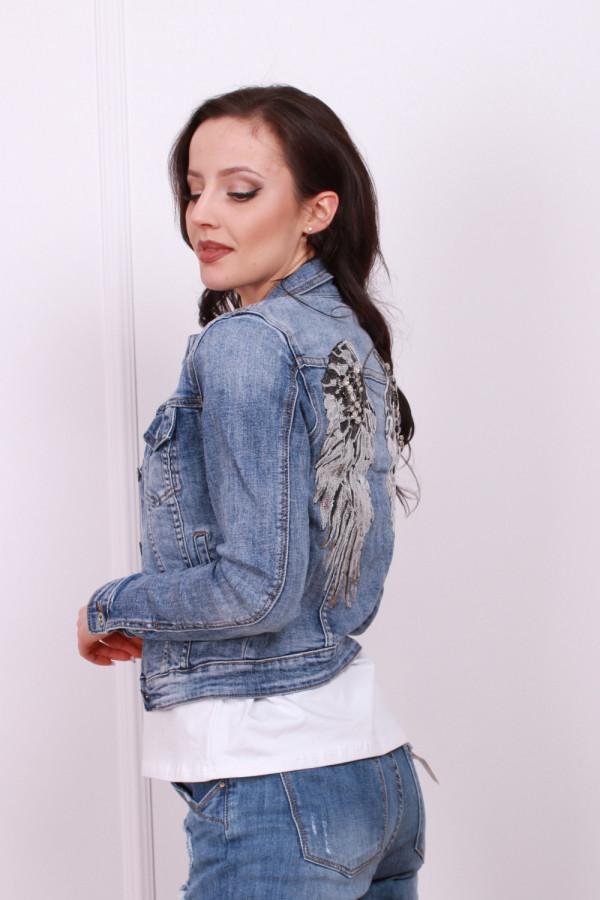 Kurtka jeansowa z cekinowymi skrzydłami 1