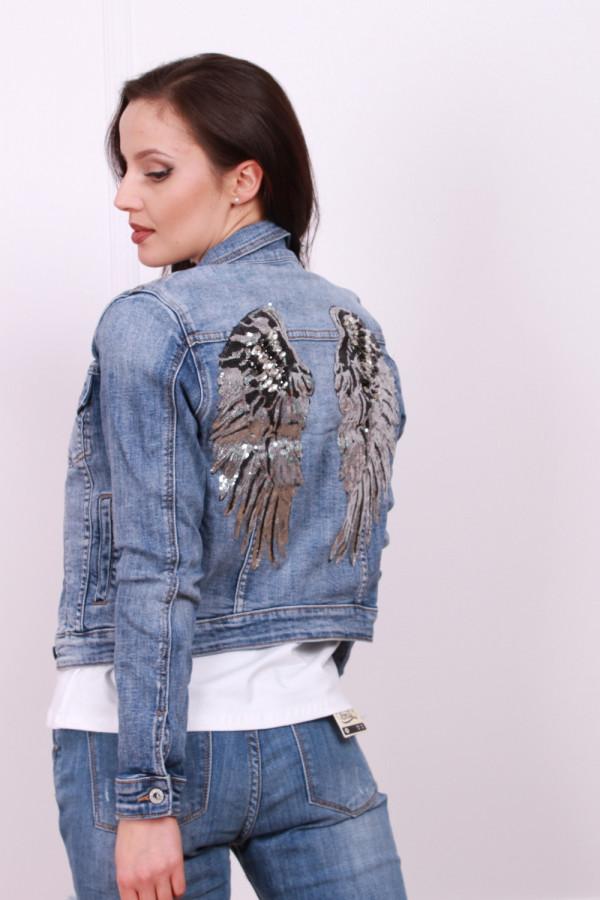 Kurtka jeansowa z cekinowymi skrzydłami