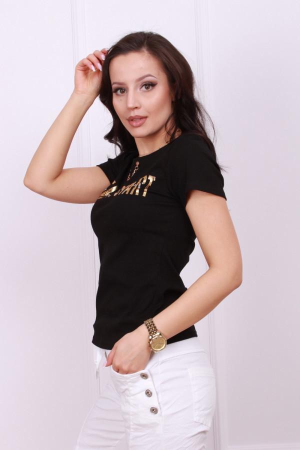 T-shirt z ozdobnym łańcuszkiem 2