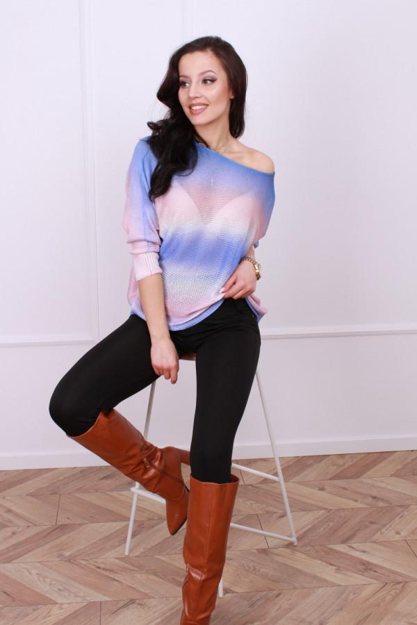 Sweterek tęczowy 2