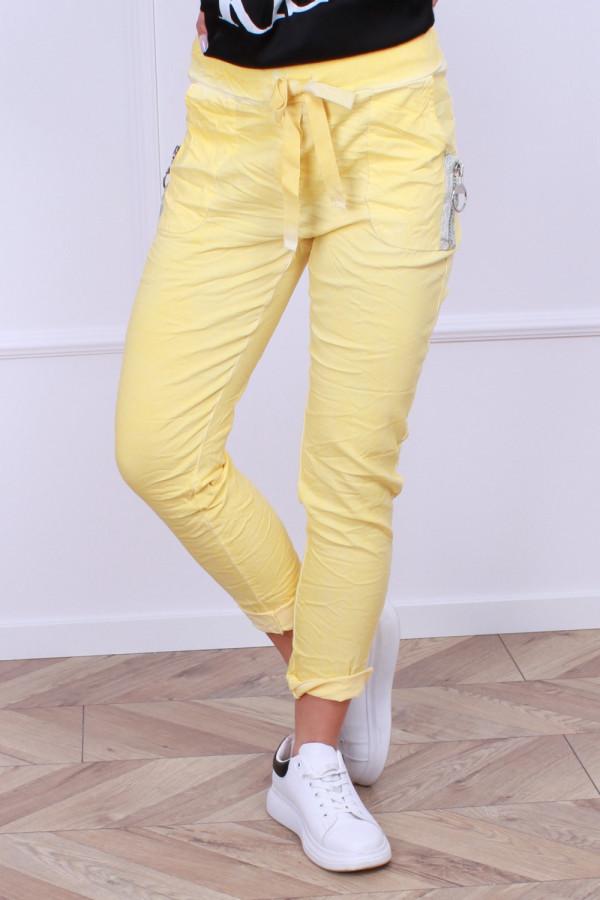 Spodnie z gumką 9