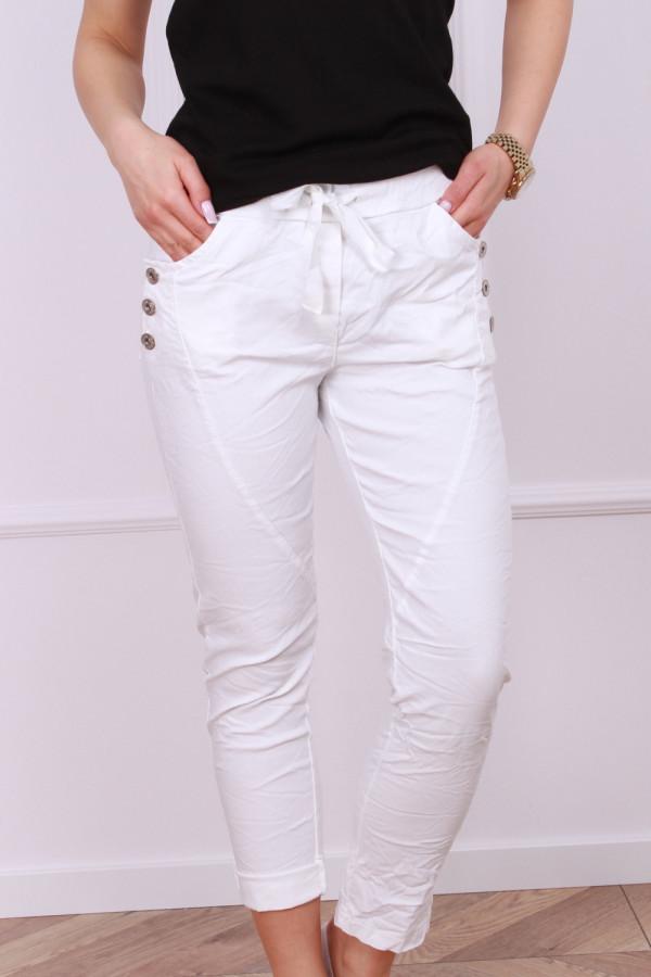 Spodnie z guzikami 2