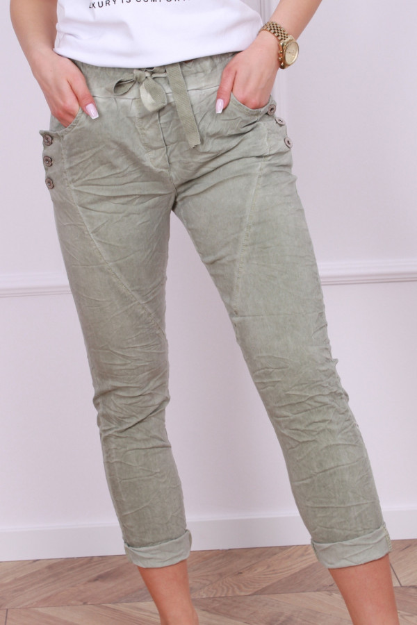 Spodnie z guzikami 4