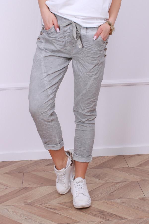 Spodnie z guzikami 8
