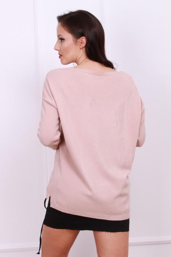 Sweter z wzorem misia 8