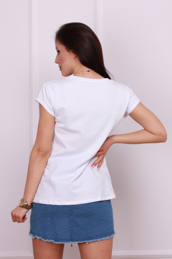 T-shirt look 2