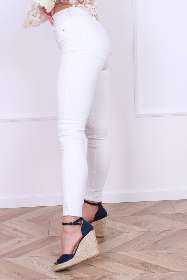 Spodnie jeansowe białe 1