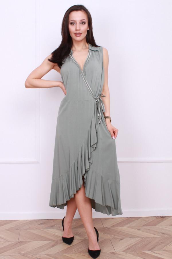 Wiązana długa sukienka