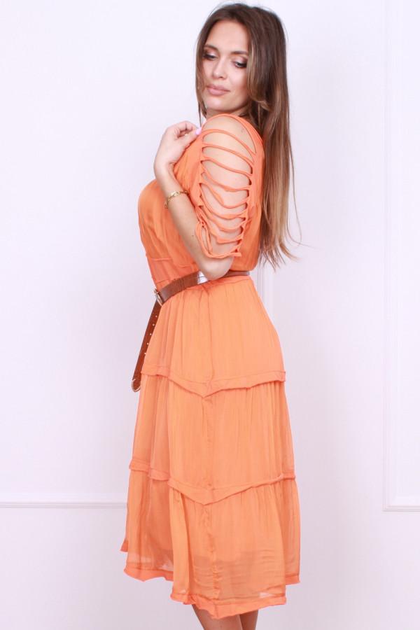 Sukienka z falbanami 1