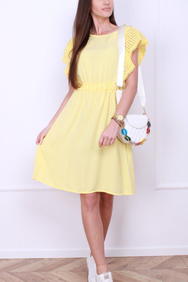 Sukienka z haftowanymi rękawami 3