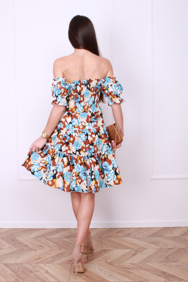 Sukienka z bufkami 2