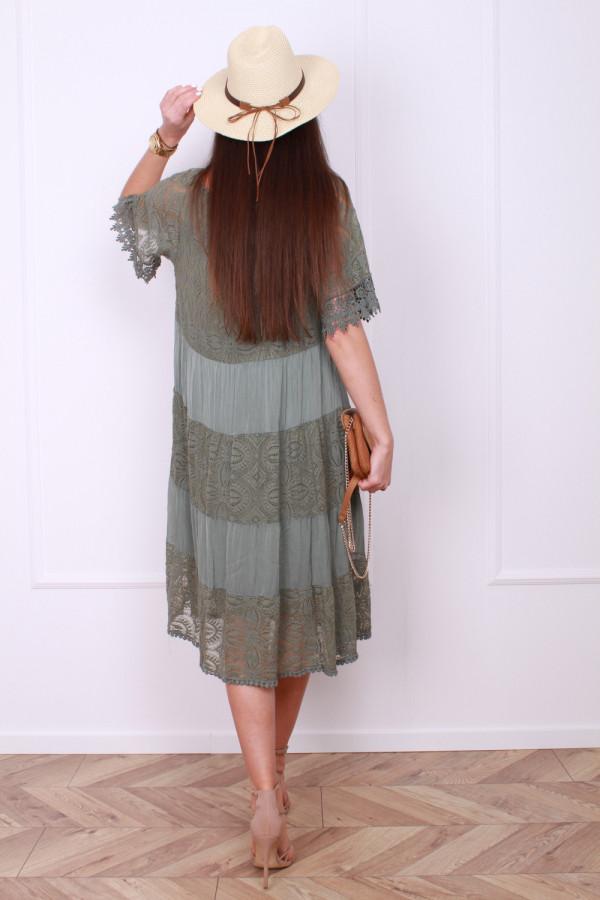 Sukienka z koronką 2