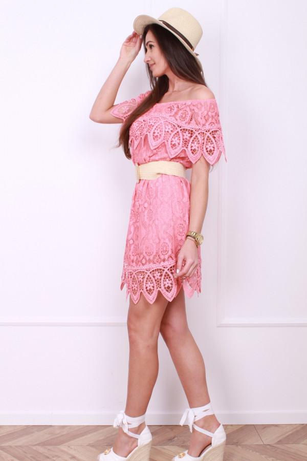Sukienka z koronek 1