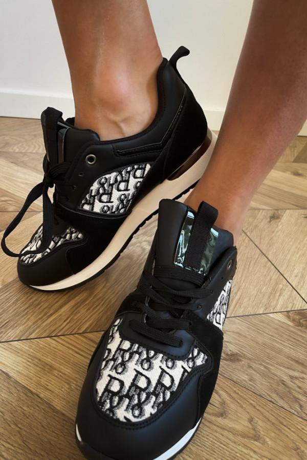 Czarne sneakersy 1