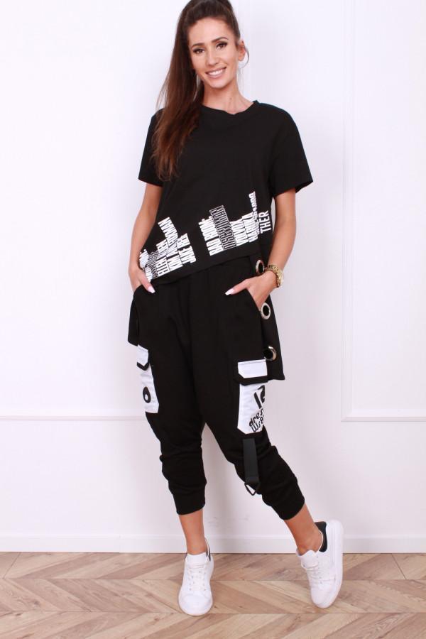 Spodnie z klamrami