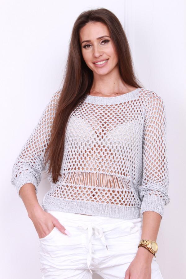 Ażurowy sweterek 3