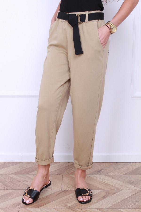 Spodnie dresowe z paskiem 3