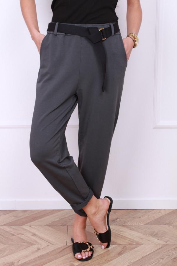 Spodnie dresowe z paskiem 6