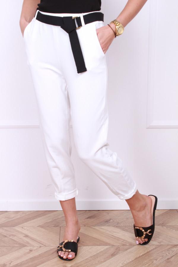 Spodnie dresowe z paskiem 10