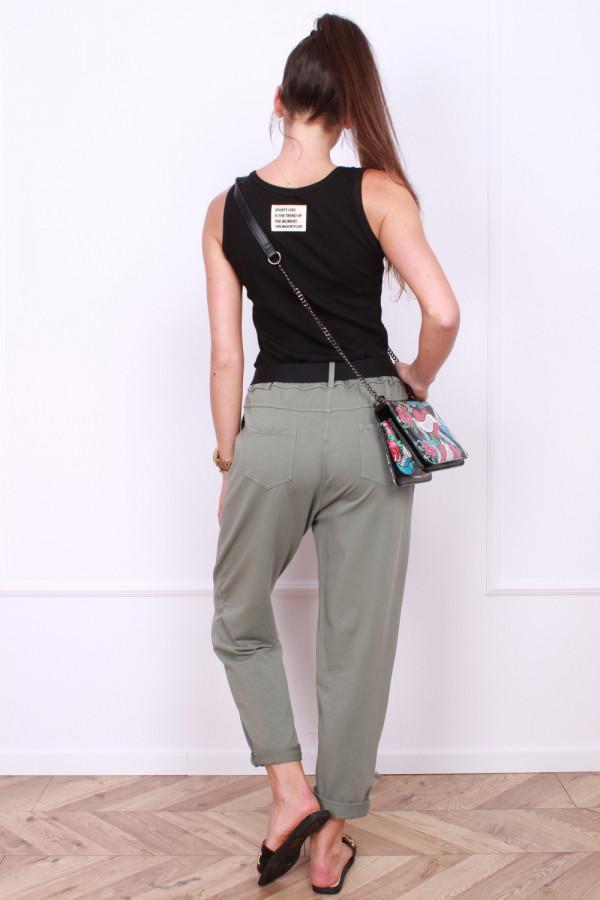 Spodnie dresowe z paskiem 2