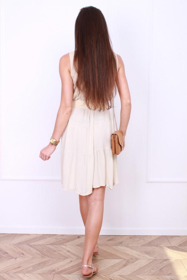 Sukienka z asymetrycznym dołem 2