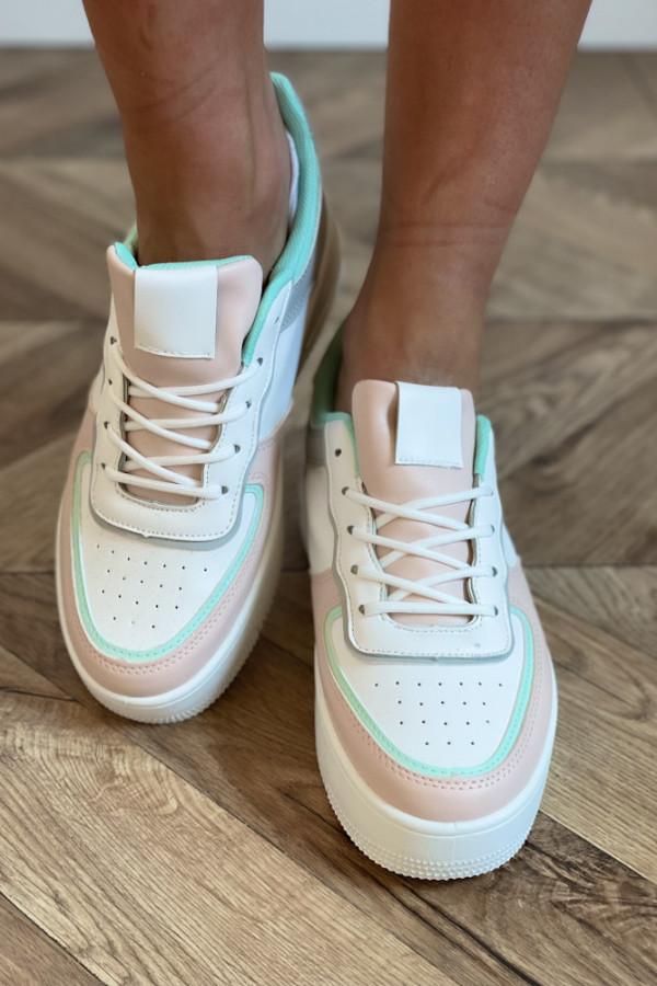 Sportowe buty 1