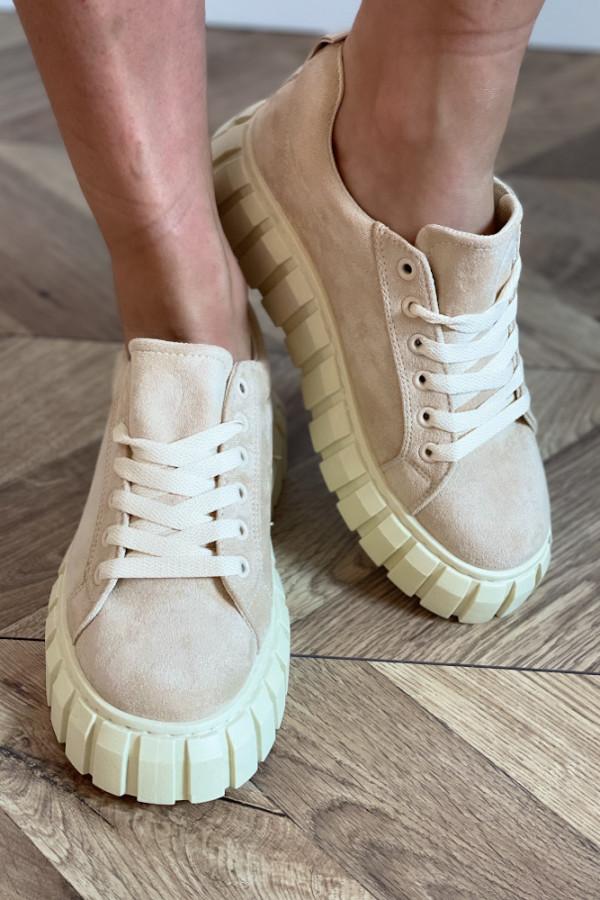 Buty zamszowe 1