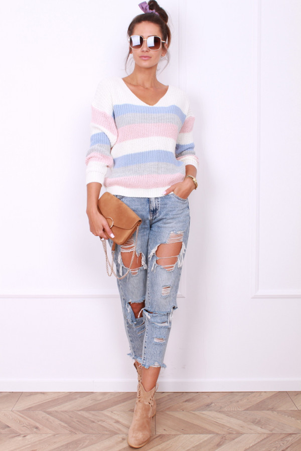 Sweter z odkrytymi plecami