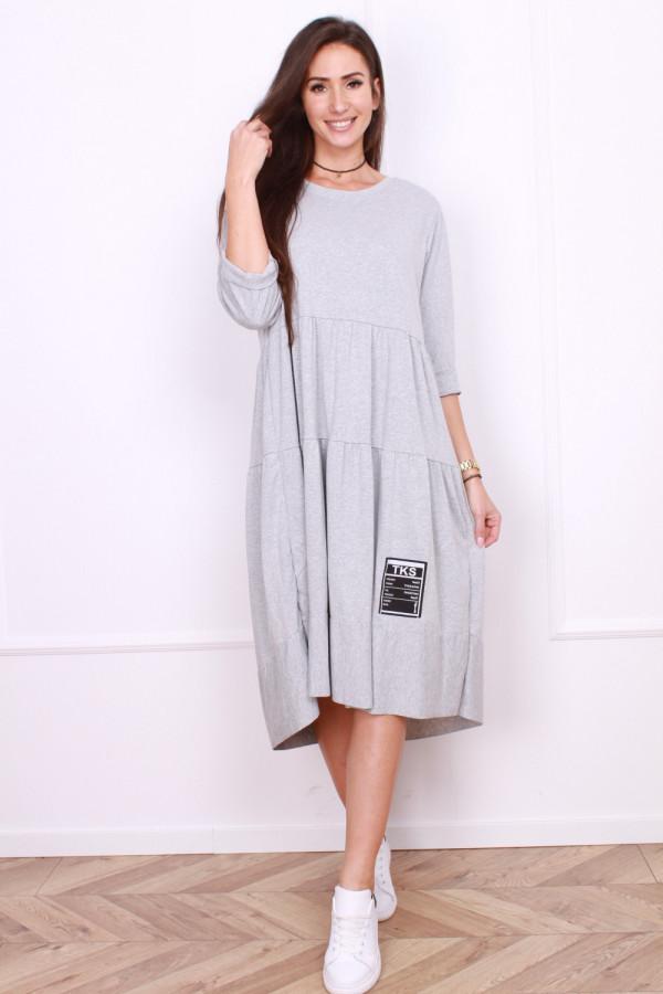 Długa sukienka z falbanami 10