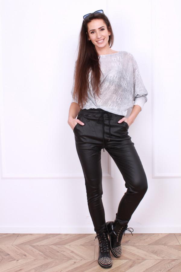 Spodnie czarne z gumą