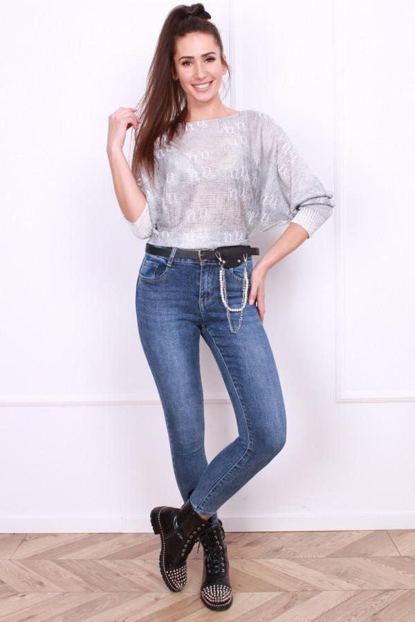 Spodnie jeansowe z ozdobnym paskiem