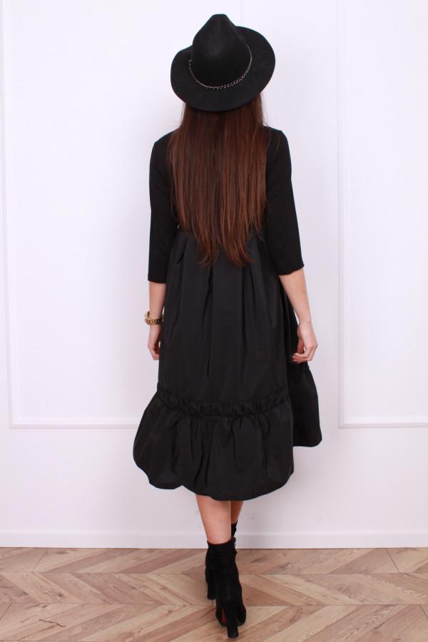 Sukienka z falbaną 2