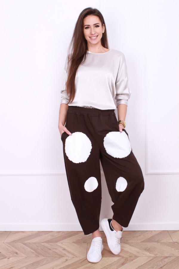 Spodnie dresowe w grochy