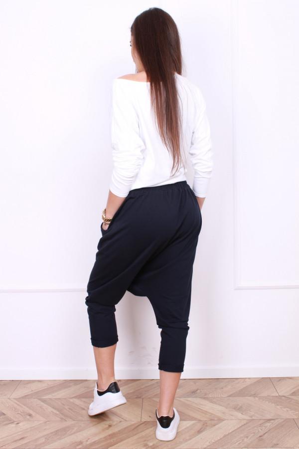 Spodnie z szerokim krokiem 2