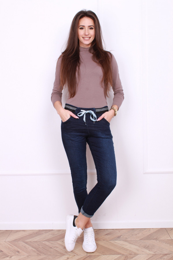 Spodnie jeansowe z troczkiem