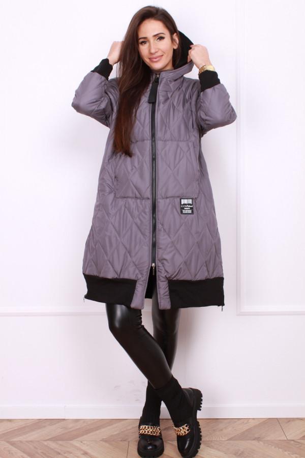 Pikowana kurtka 4