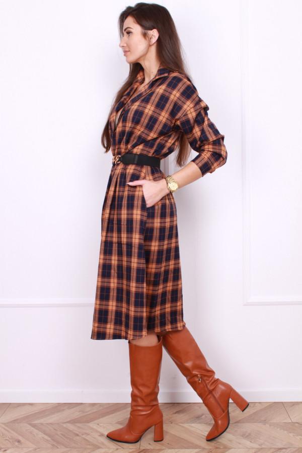 Sukienka w szkocką kratę 1
