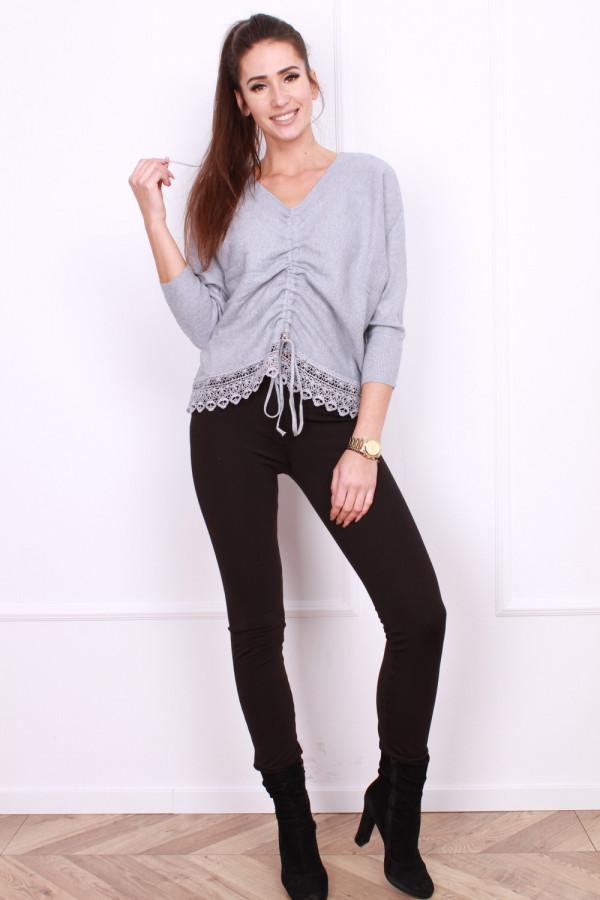 Sweter z pionowym ściągaczem