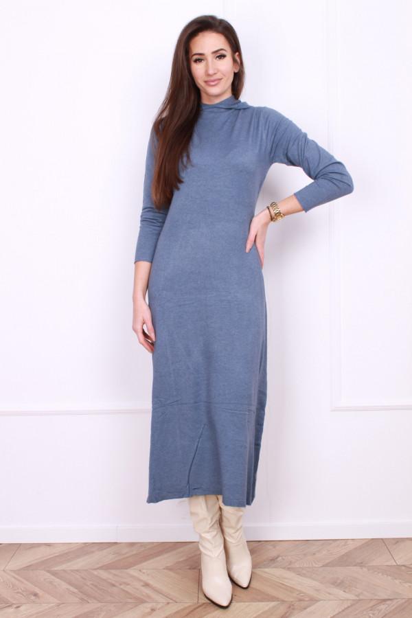 Długa sukienka z kapturem